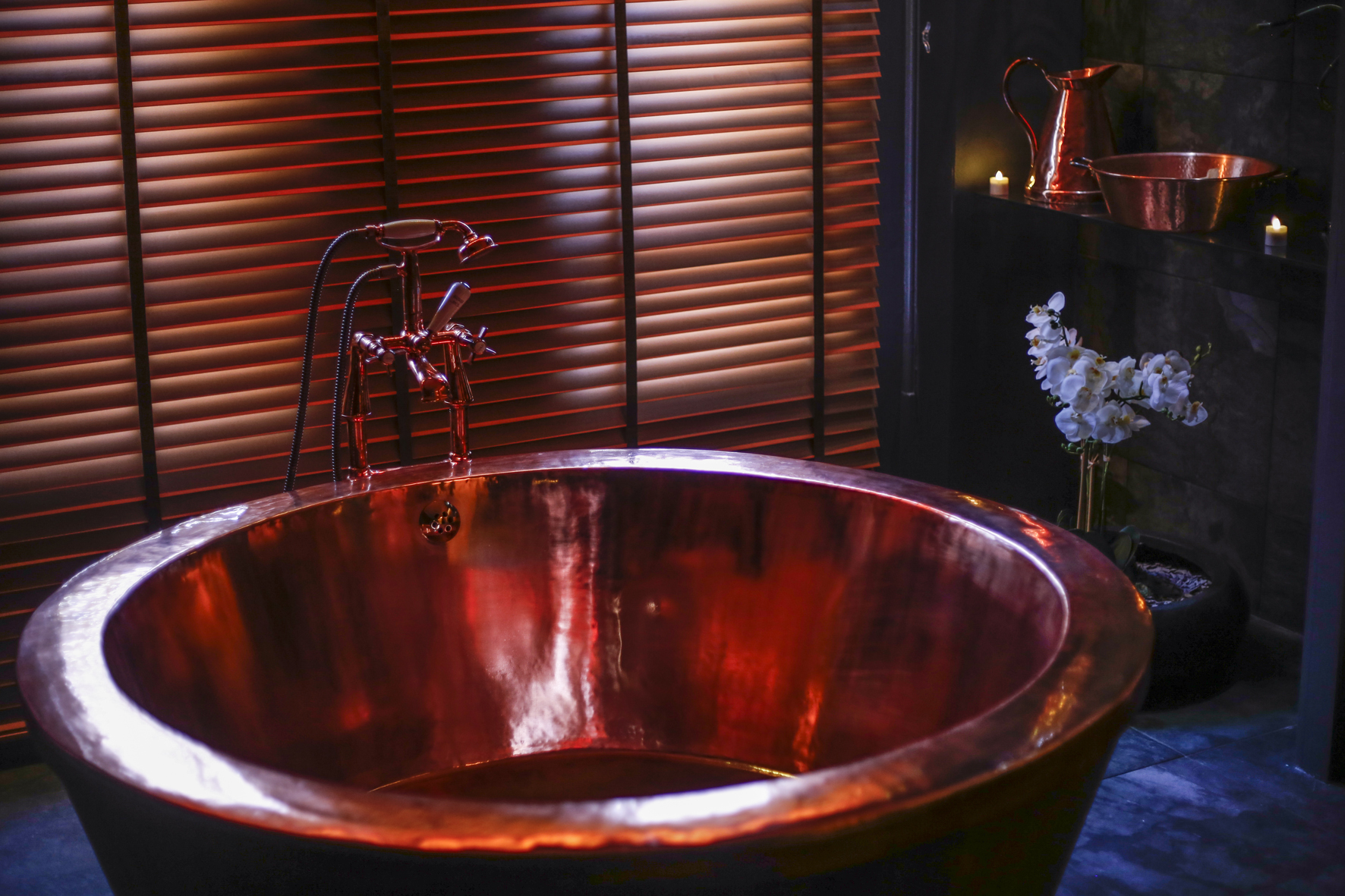 Copper Tub Room