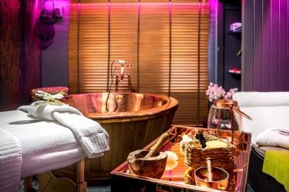 Stradey Park Hotel Pacr Spa copper tub