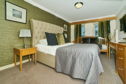 Stradey Park Hotel triple bedroom